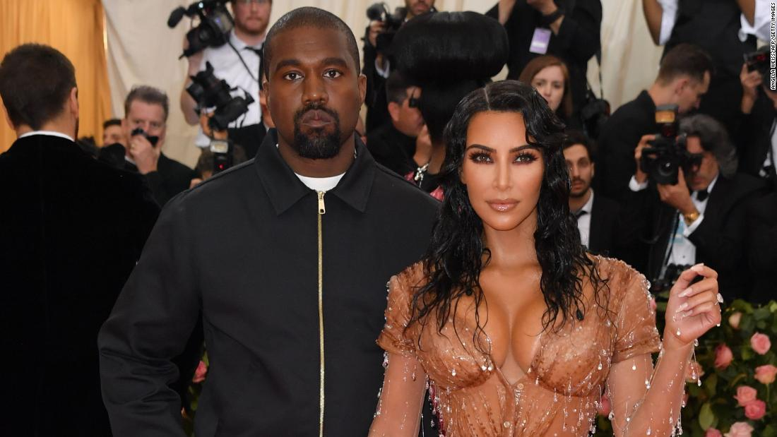 kim-kardashian-west-and-kanye-west's-marital-troubles-featured-on-'kuwtk'