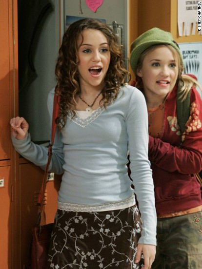 miley-cyrus-pens-sweet-tribute-to-character-hannah-montana