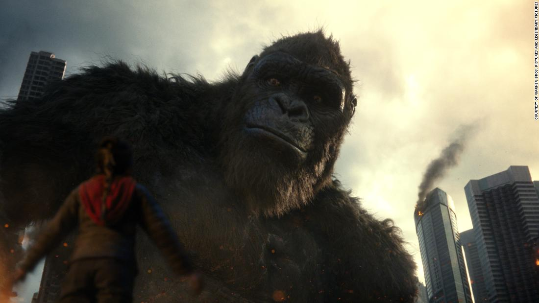 'godzilla-vs.-kong'-turns-the-battle-of-'alpha-titans'-into-a-c-level-spectacle