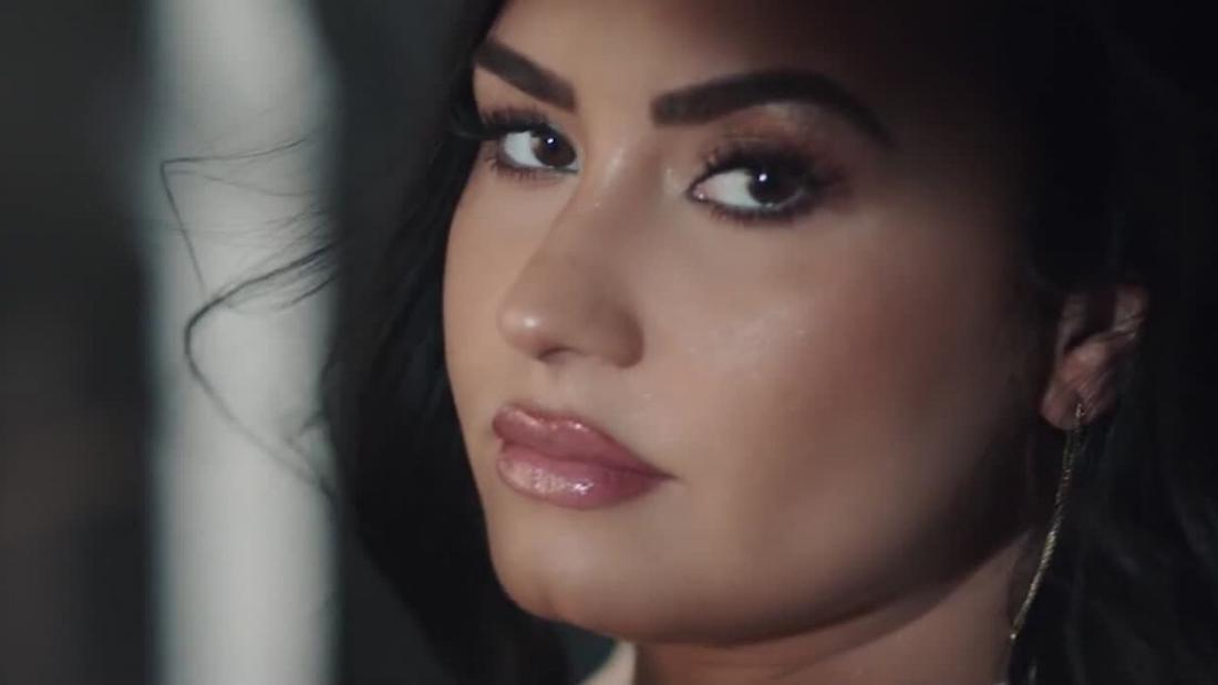 demi-lovato:-'i-am-too-gay-to-marry-a-man-right-now'