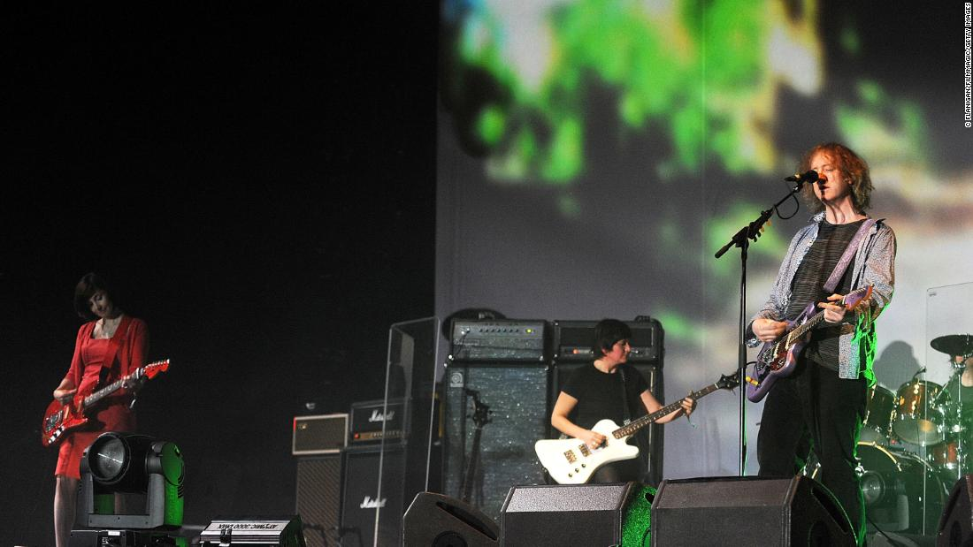 my-bloody-valentine-working-on-two-new-albums,-sign-to-domino