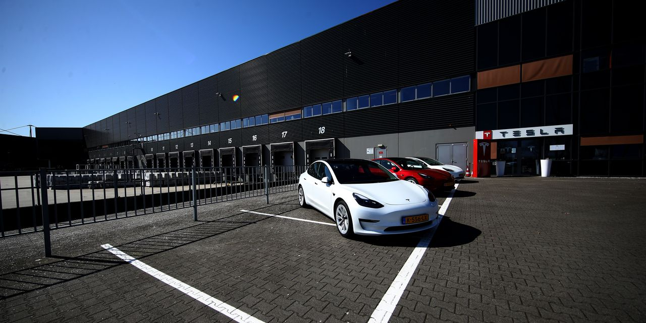 tesla's-quarterly-sales-report-is-coming-soon-how-to-play-the-news.