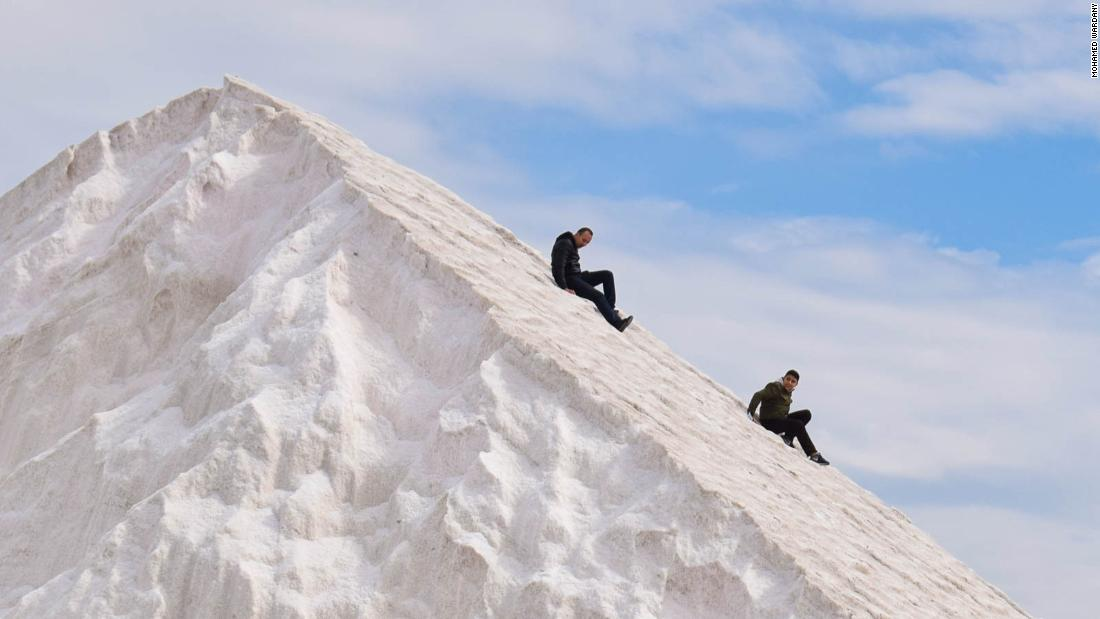 egypt's-unreal-'snowy'-mountains-become-a-tourist-hit