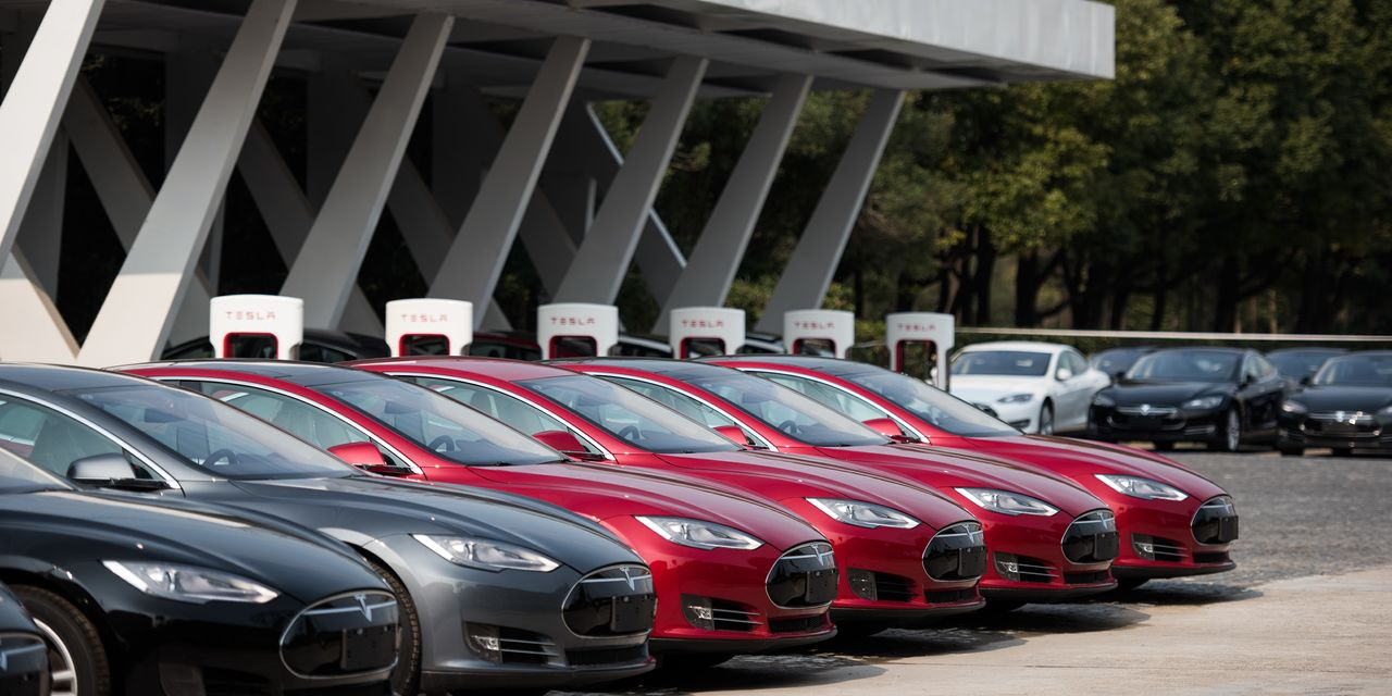 strong-tesla-sales-are-a-'drop-the-mic'-moment,-analyst-says
