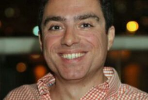 american-man-held-in-iran-marks-2,000-days-in-detention