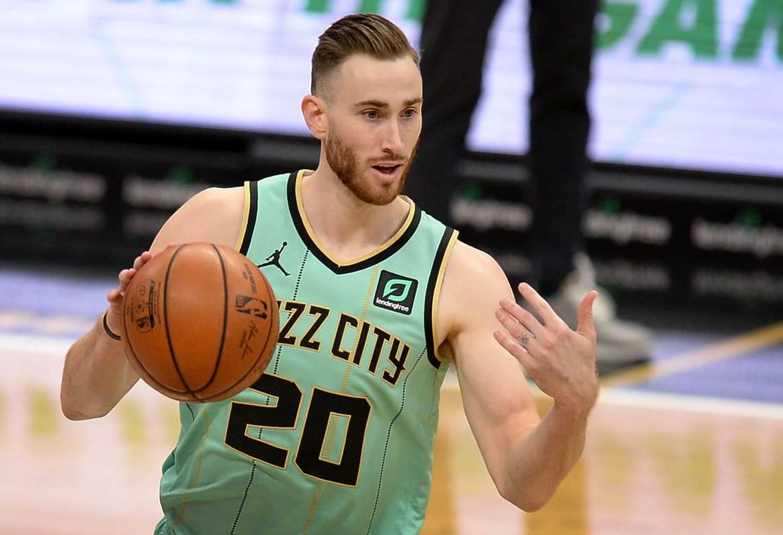 charlotte-hornets-lose-gordon-hayward-to-a-right-foot-sprain;-how-long-is-he-out?