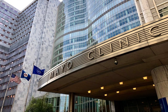 despite-covid,-many-wealthy-hospitals-had-a-banner-year-with-federal-bailout