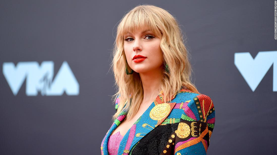 taylor-swift-surprise-releases-second-'from-the-vault'-song,-'mr.-perfectly-fine'