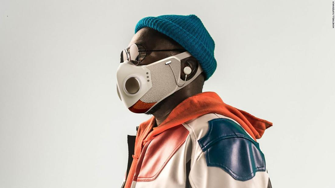 rapper-willi.am-is-selling-a-smart-mask-for-$299