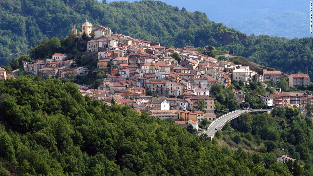 now-you-can-move-into-an-italian-house-for-just-$12,000