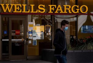 wells-fargo-shares-jump-on-signs-ceo's-turnaround-is-taking-hold