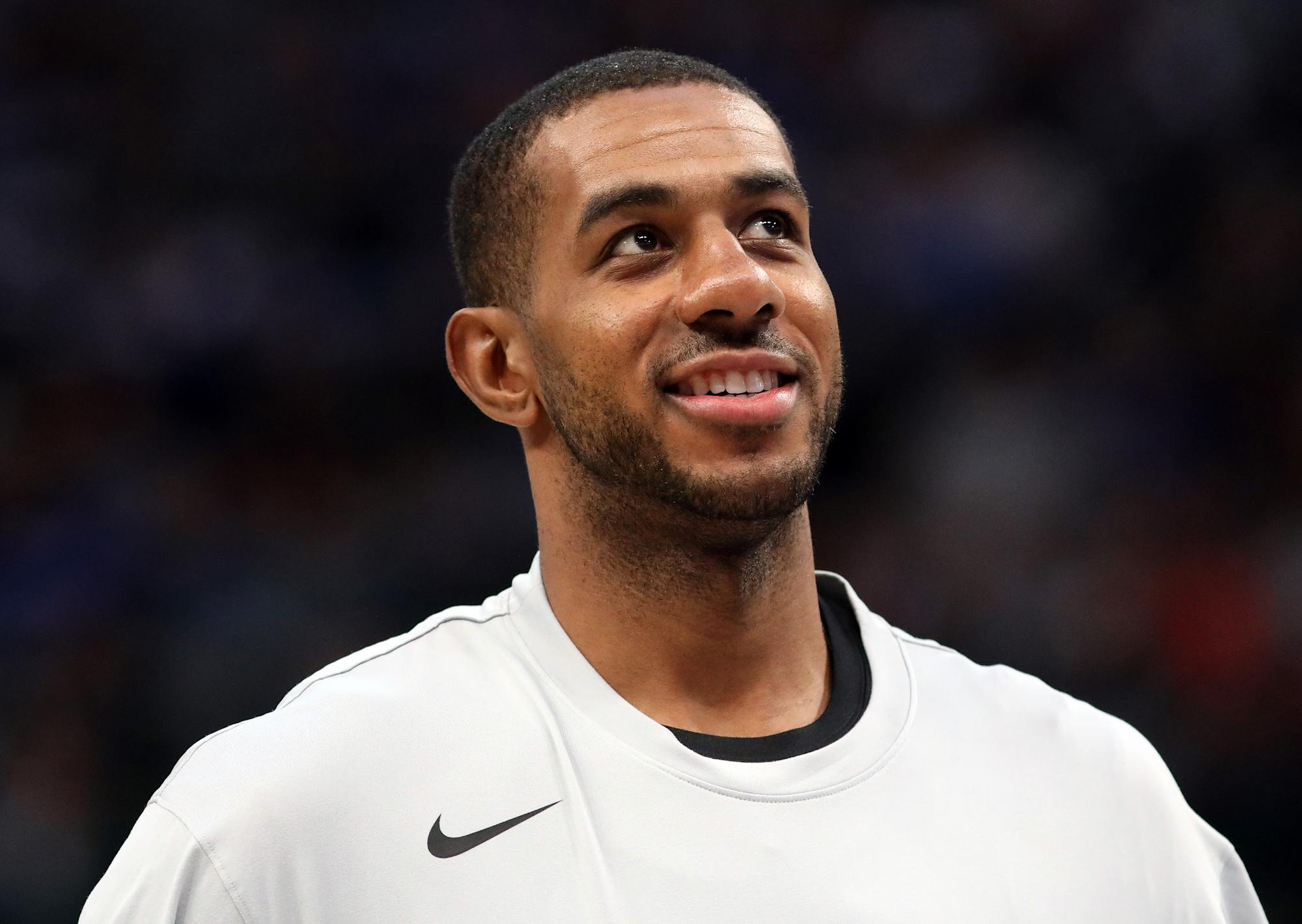 nba-fact-or-fiction:-hall-of-famer-lamarcus-aldridge,-rookie-of-the-year-lamelo-ball-and-luke-walton's-future