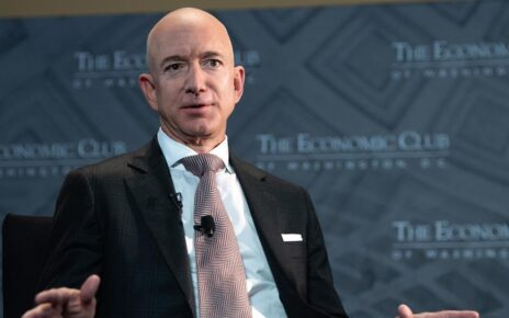 jeff-bezos-finally-shares-his-feelings-about-amazon-workers'-union-vote