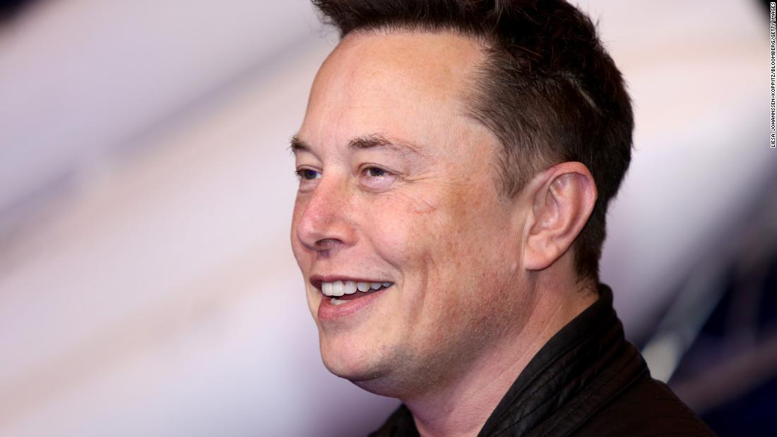 spacex-wins-$2.9-billion-nasa-contract-for-lunar-lander