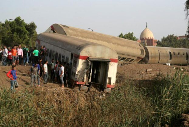 at-least-97-injured-in-egypt-as-train-derails