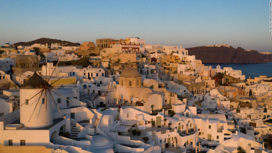 greece-opens-its-doors-to-covid-free-tourists