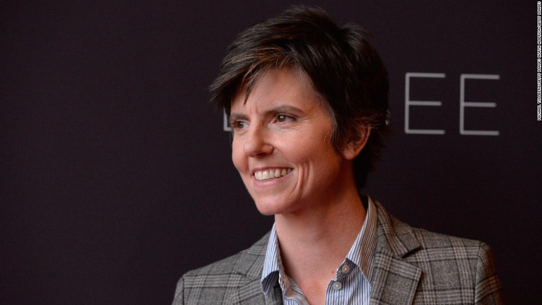 tig-notaro-is-'sexy-af.'-she-doesn't-know-what-that-is