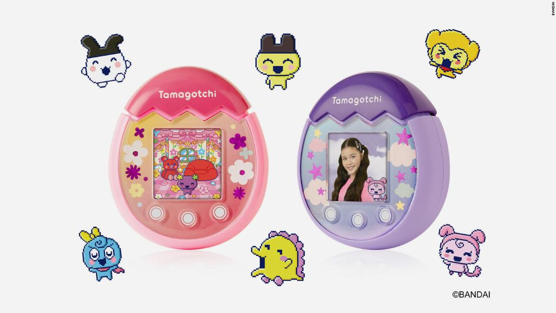 the-'90s-era-tamagotchi-is-back-—-this-time-with-a-camera