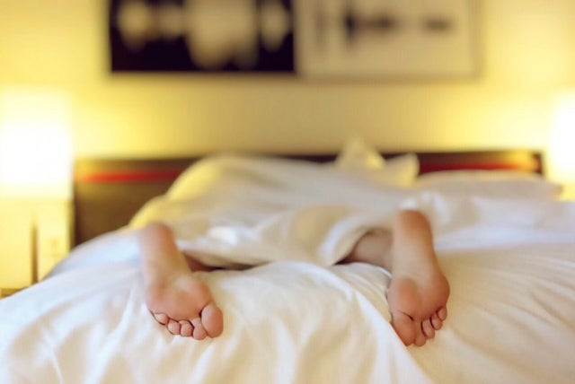 listening-to-sedative-music-improves-sleep-in-older-adults,-study-finds