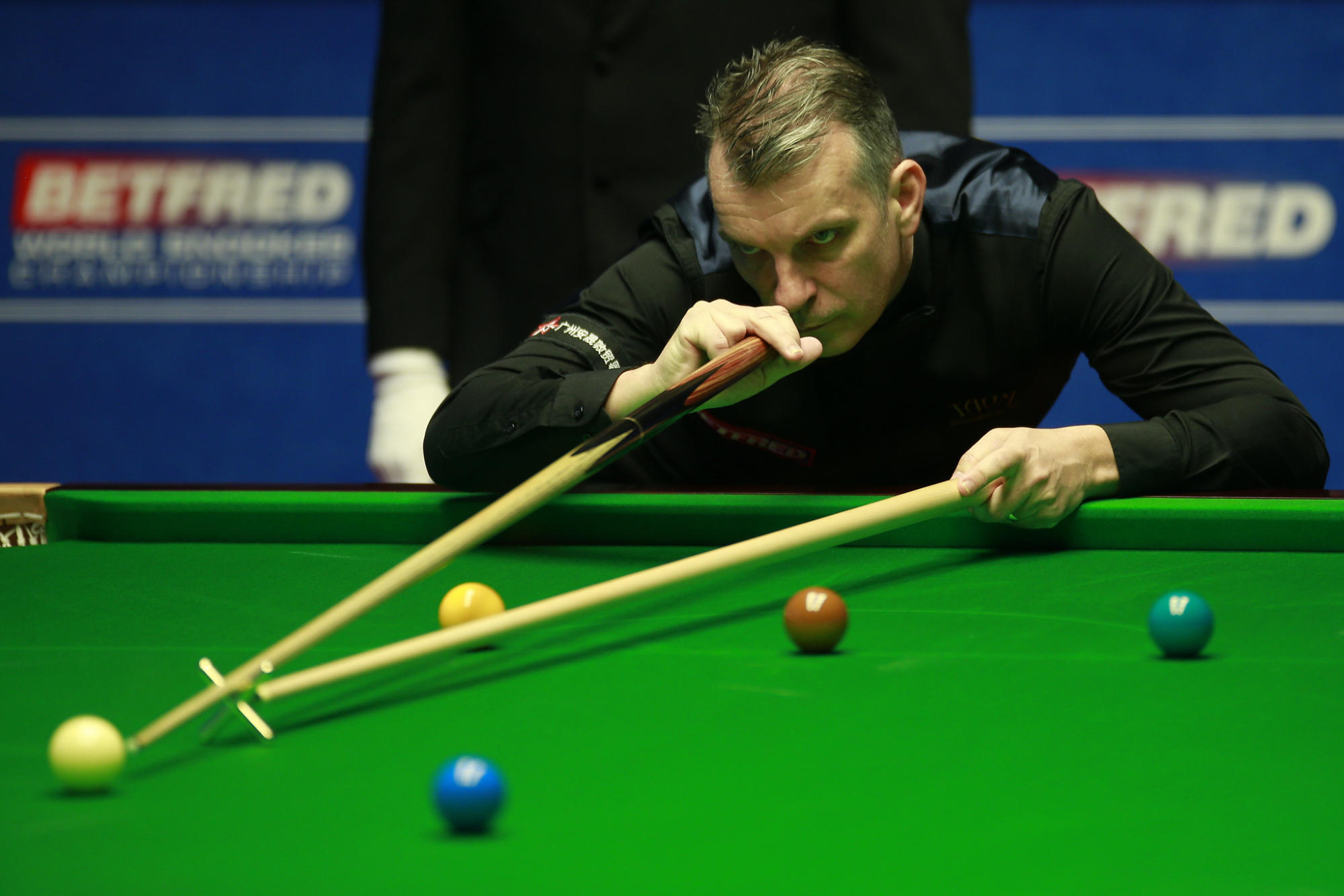 candid-snooker-star-davis:-i'm-the-most-mentally-weak-player-in-the-world
