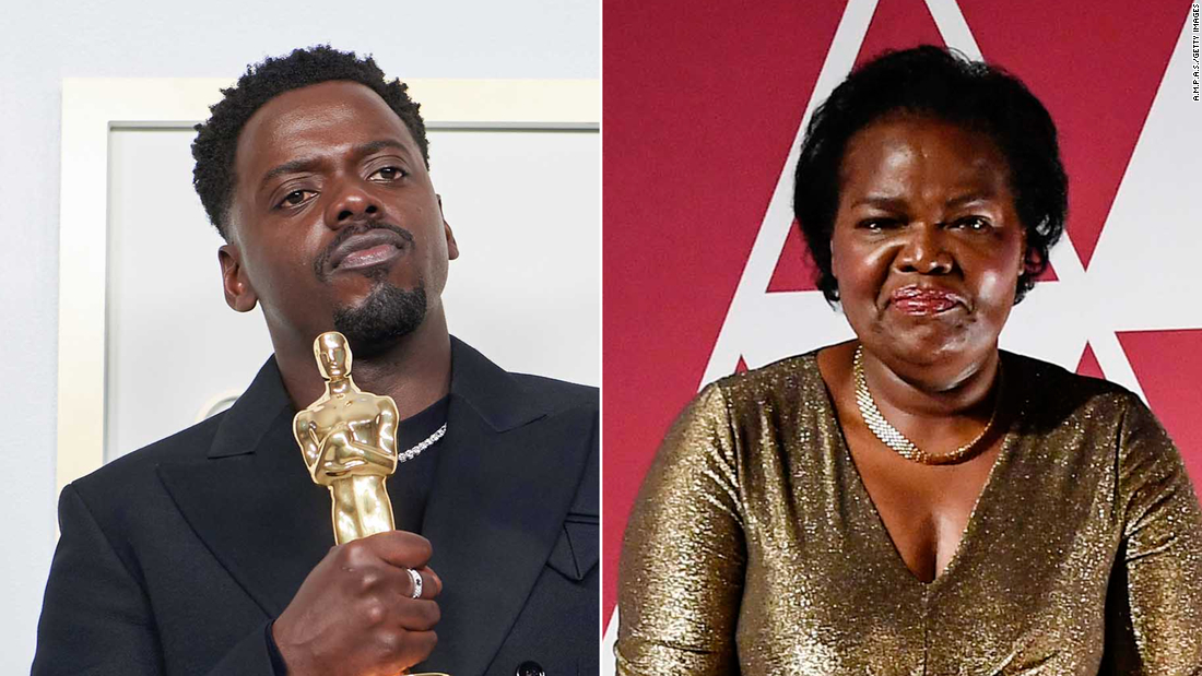 daniel-kaluuya-mentioned-his-mom's-sex-life-in-his-oscars-speech.-she-was-not-impressed
