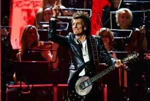 rolling-stones-legend-ronnie-wood-is-cancer-free-for-a-second-time