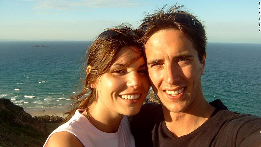 the-couple-who-met-on-the-beach-at-byron-bay