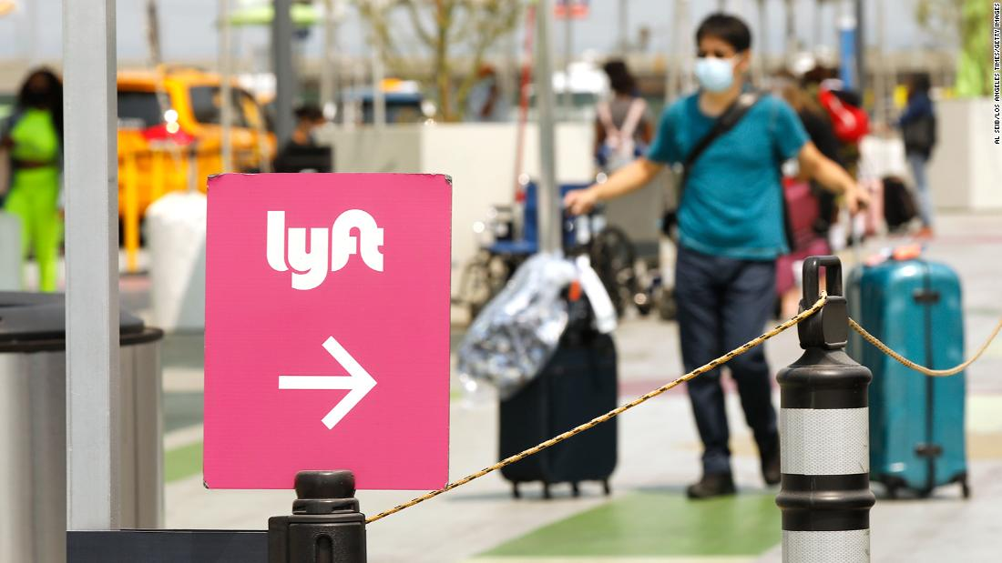 toyota-snaps-up-lyft's-self-driving-cars-unit-for-$550-million
