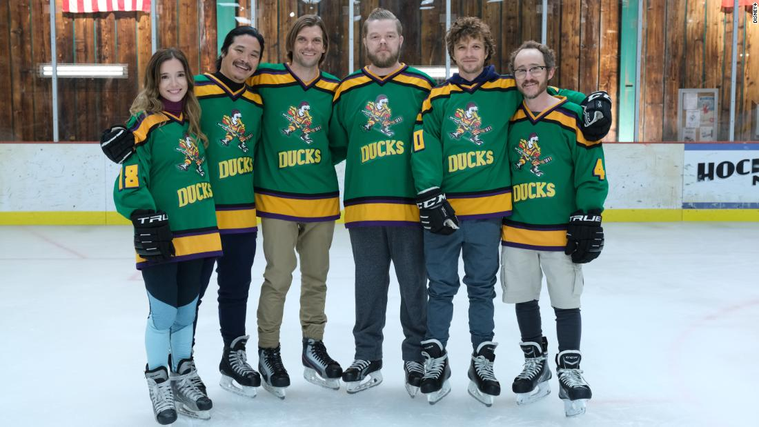 """""""mighty-ducks:-game-changers""""-stages-reunion-with-possibly-more-familiar-faces-to-come-—-and-maybe-aaron-rodgers"""