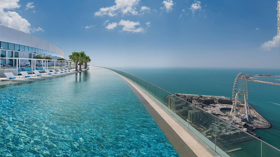 the-world's-highest-infinity-pool-has-opened-in-dubai