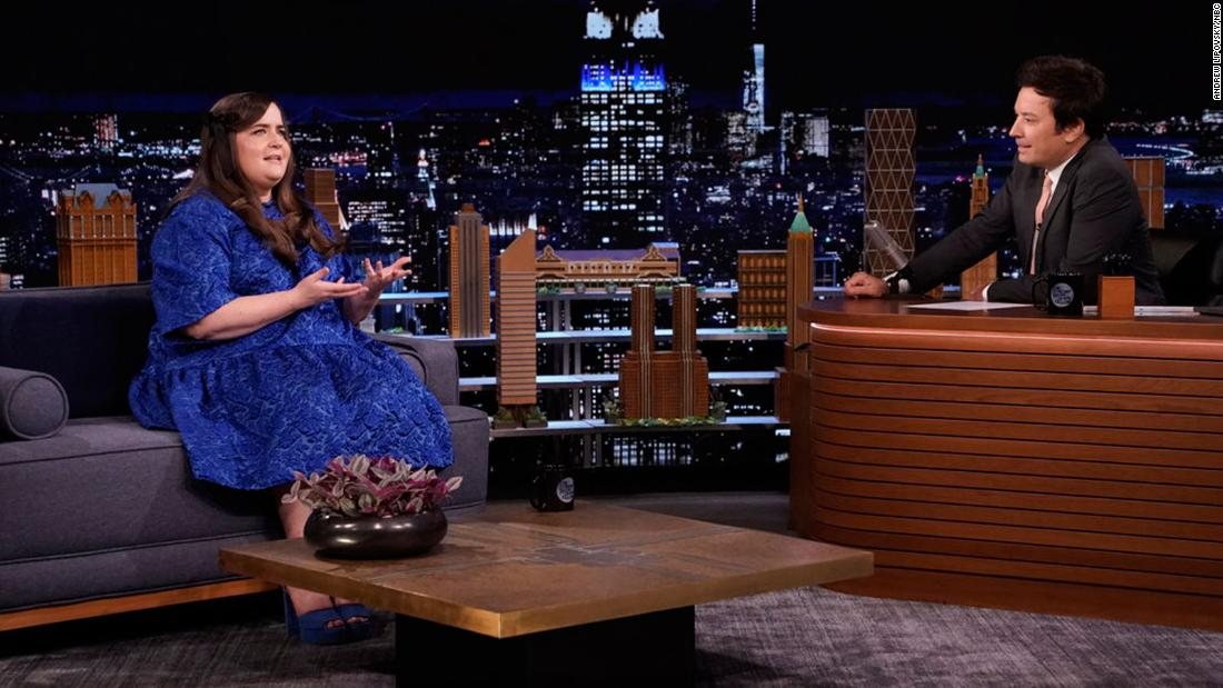 aidy-bryant-explains-the-'raw-terror'-of-performing-the-electric-slide-alone
