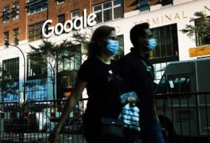 google-backtracks-on-office-returns-and-will-allow-employees-to-work-remotely
