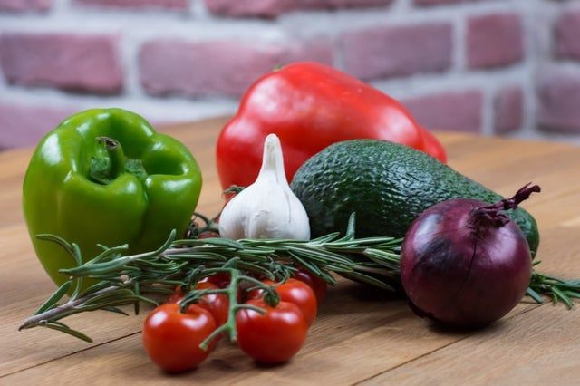 vegetarian-diet-lowers-risk-for-cancer,-heart-disease-and-chronic-conditions,-study-finds