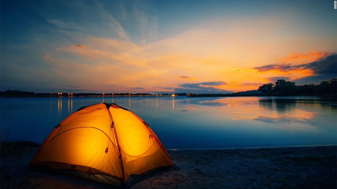 what-you'll-want-to-buy-when-going-camping,-according-to-expert-campers