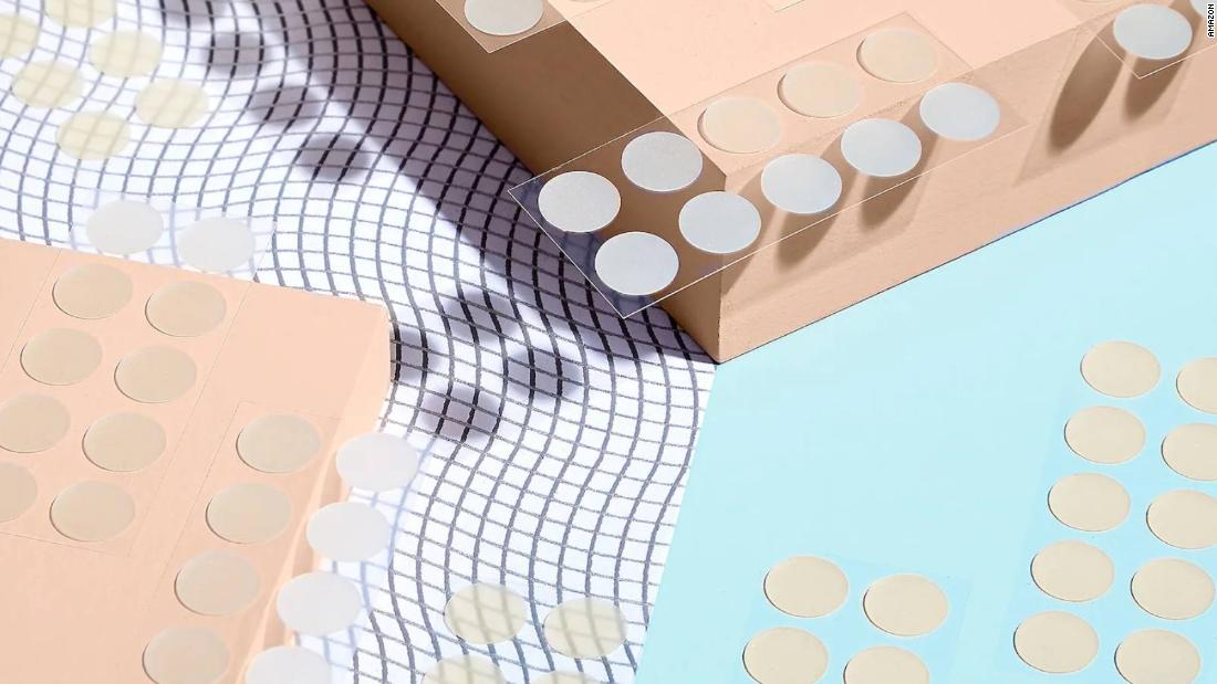 are-zit-stickers-worth-the-hype?-here's-what-to-know-and-which-to-buy