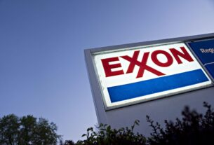 exxon-chief-woods-gets-black-eye-with-loss-to-activist-investor