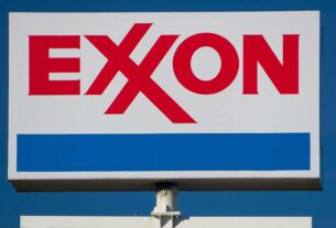 exxon,-big-oil-peers-suffer-defeats-on-climate-as-reckoning-looms