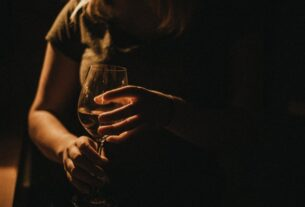 women-now-drink-as-much-as-men-—-and-are-prone-to-sickness-sooner