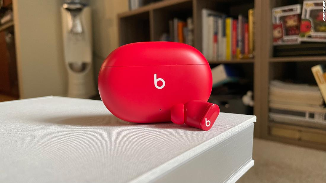 beats-studio-buds-outpace-airpods-with-a-bevy-of-great-features