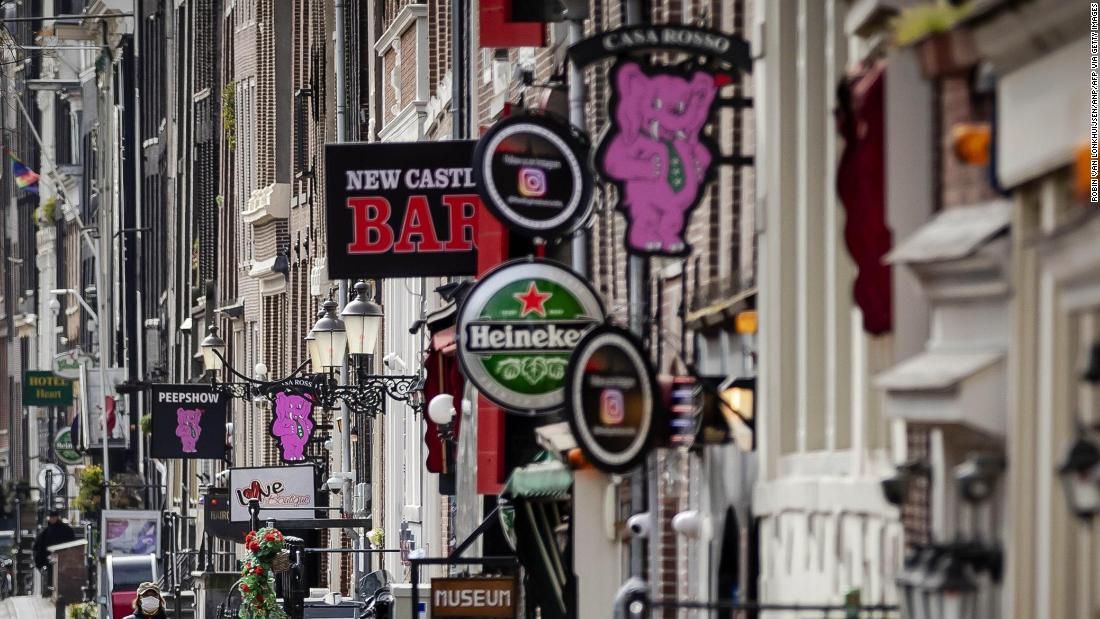 'don't-come-to-amsterdam.'-dutch-capital-tells-rowdy-tourists-to-stay-away