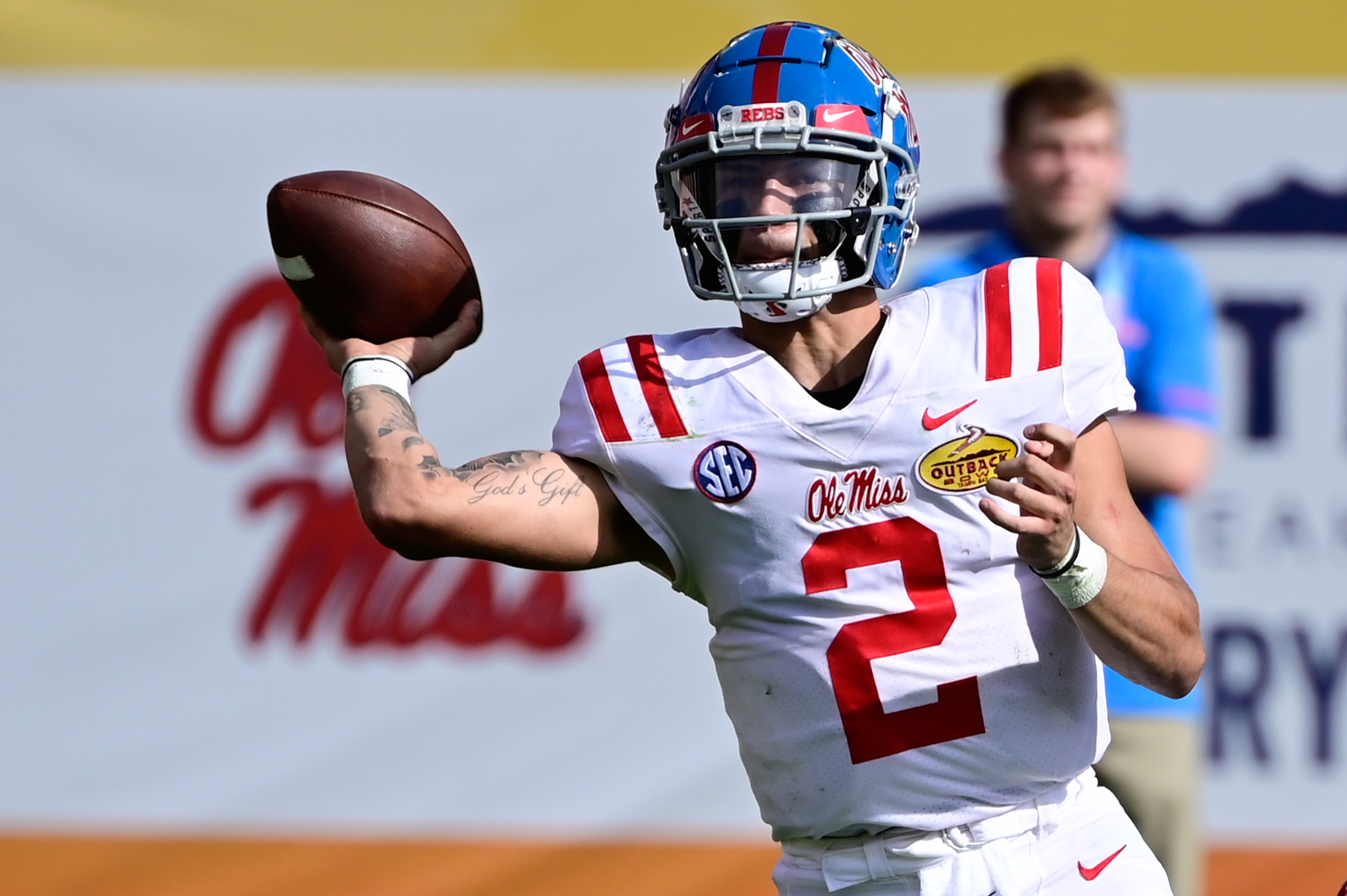 does-the-almighty-sec-enter-2021-with-a-quarterback-problem?