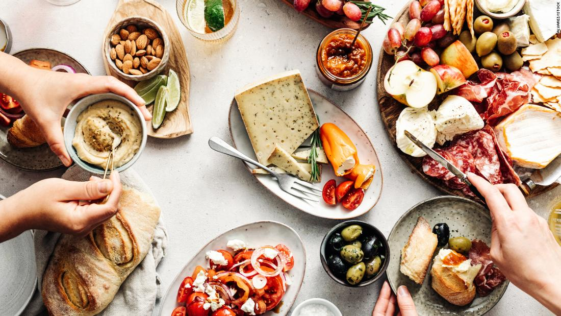 want-to-try-the-mediterranean-diet?-here's-what-you-need-to-get-started