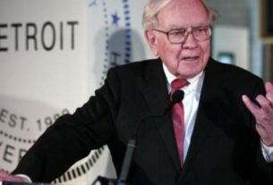berkshire-hathaway's-operating-earnings-jump-21%,-repurchases-$6-billion-of-its-stock