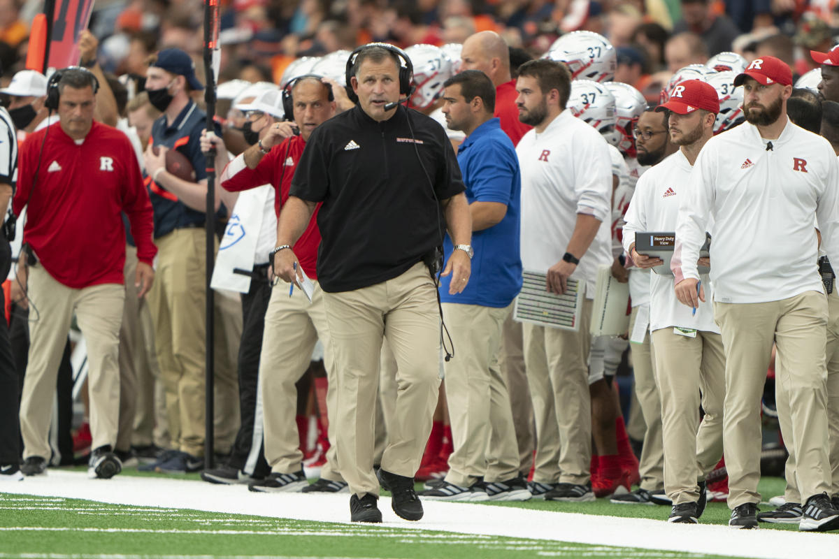college-football-betting:-these-teams-are-exceeding-expectations