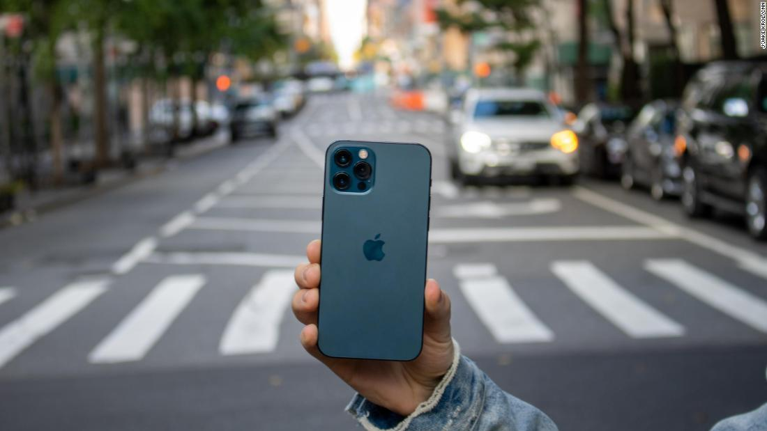 can't-stomach-the-price-of-a-new-iphone?-here's-how-to-buy-a-used-one