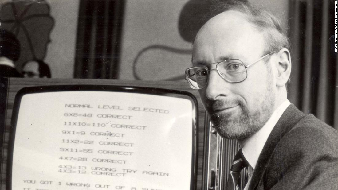 clive-sinclair,-an-inventor-who-helped-popularize-personal-computers,-dies-at-81
