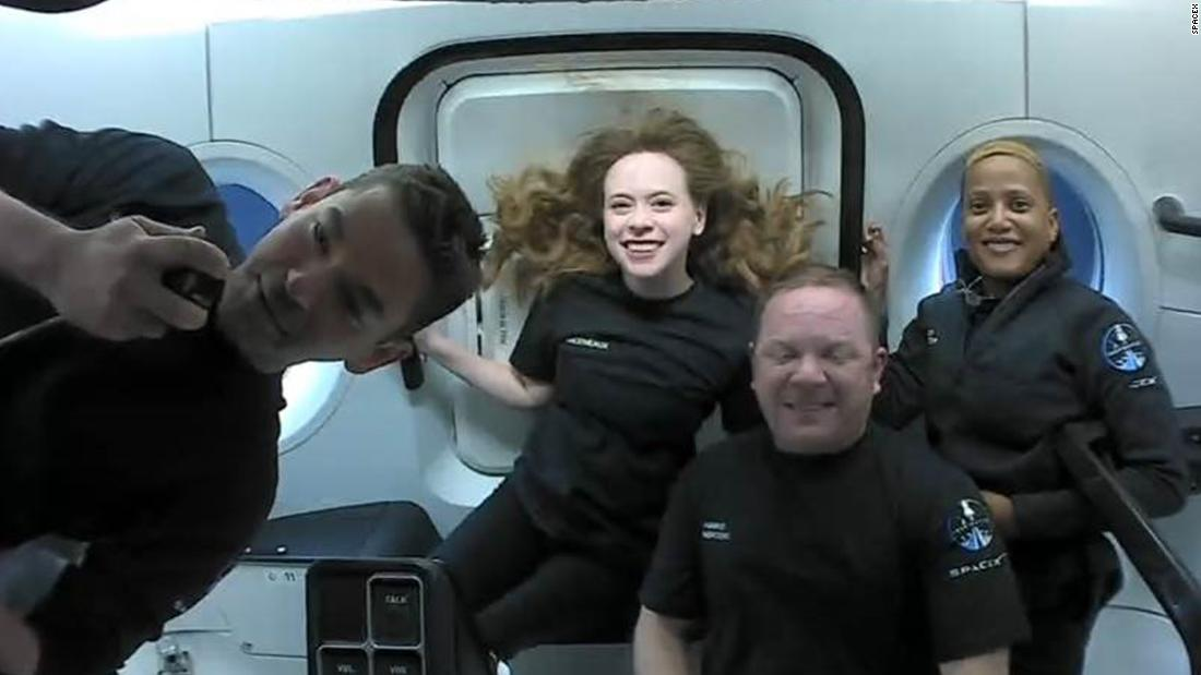 spacex-capsule-to-return-from-orbit,-capping-off-first-tourism-mission