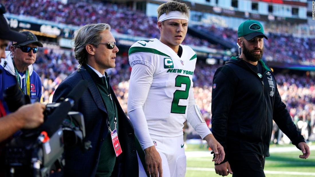 jets-quarterback-zach-wilson-ruled-out-for-the-rest-of-patriots-game