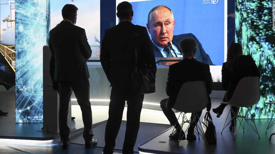 putin-says-russia-is-not-using-energy-as-a-weapon